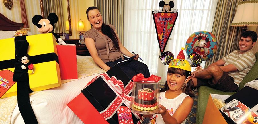 Create A Big Birthday Celebration With 14 Days Of Love Disney Parks Blog