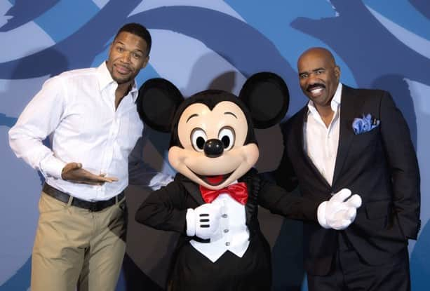 """""""LIVE! with Kelly and Michael"""" Co-Host Michael Strahan Visits Walt Disney World for Disney Dreamers Academy with Steve Harvey and Essence Magazine"""