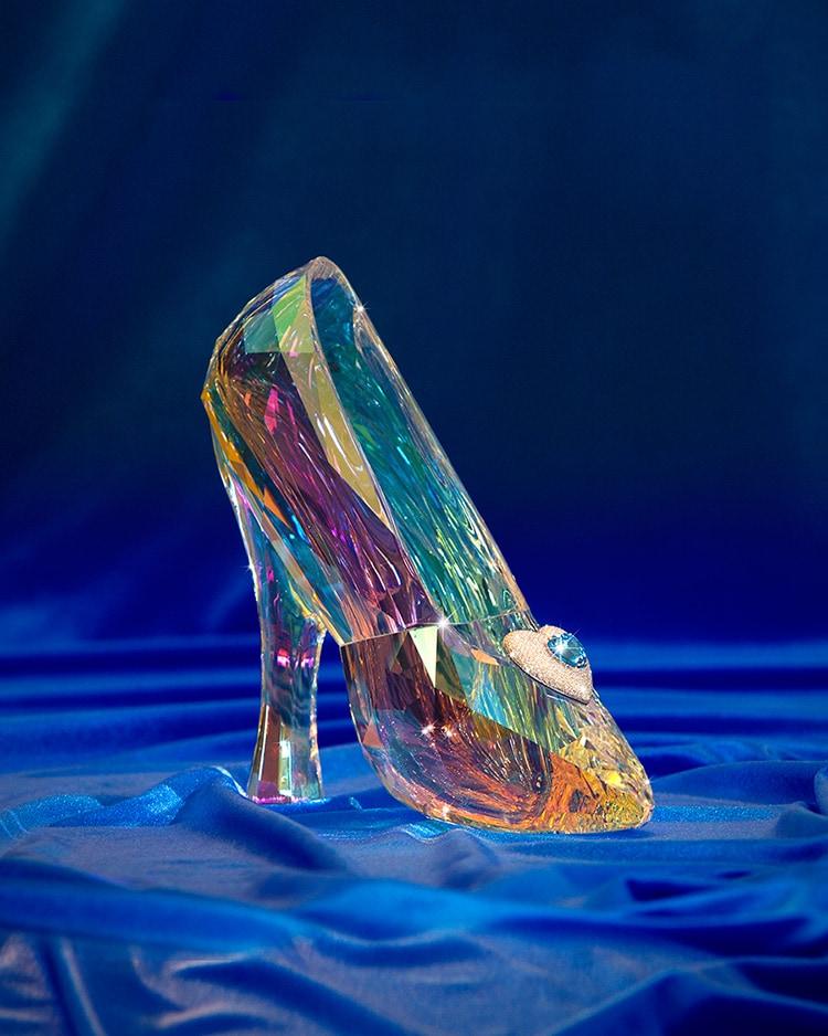 disneyland diamond days sweepstakes to give away dazzling prizes