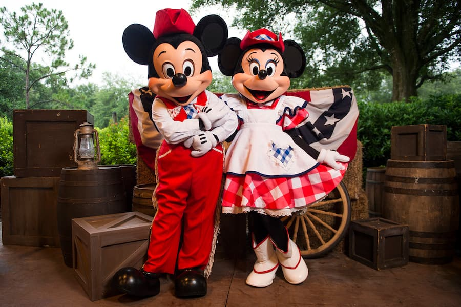 Mickey Mouse Backyard Bbq mickey's backyard bbq serving up fun four days per week at walt