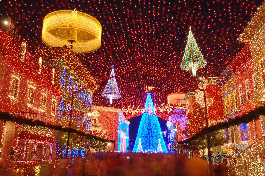 disney world christmas lights