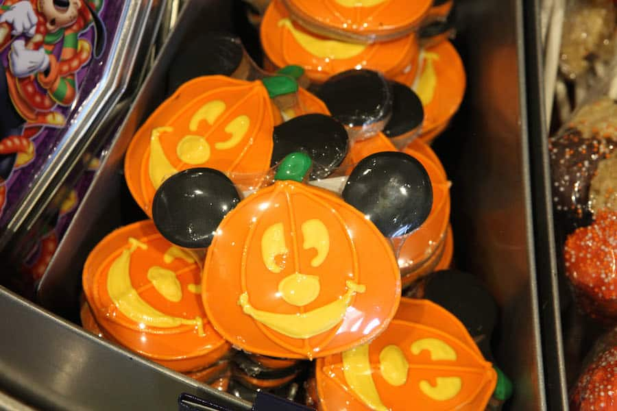 9 Reasons to Love Fall Vacations at Walt Disney World Resort