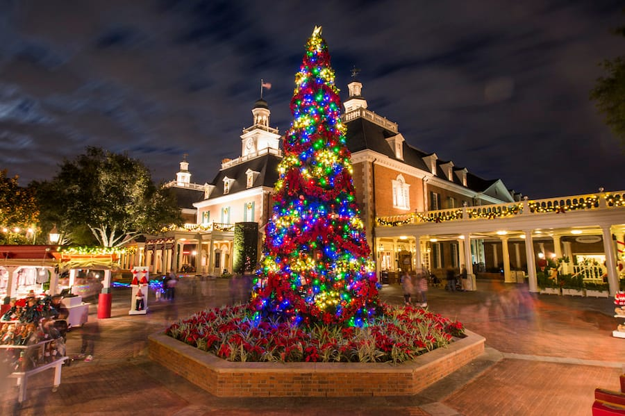 christmas tree at american adventure at epcot