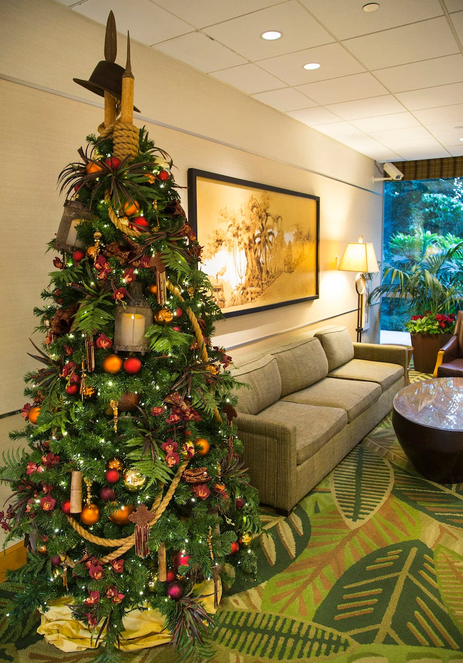 Outstanding Rockin Around The Christmas Trees Of The Hotels Of The Interior Design Ideas Inesswwsoteloinfo