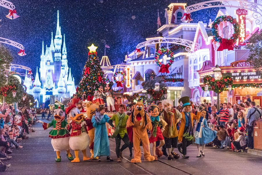 Image De Noel Walt Disney.15 Photos Of Mickey S Once Upon A Christmastime Parade