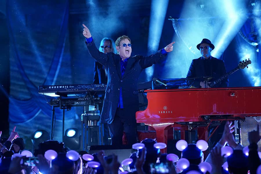 Elton John to Perform in 'The Wonderful World of Disney: Disneyland