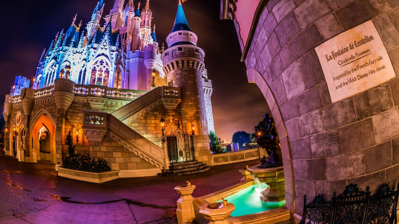 Cinderella Castle & Fountain header