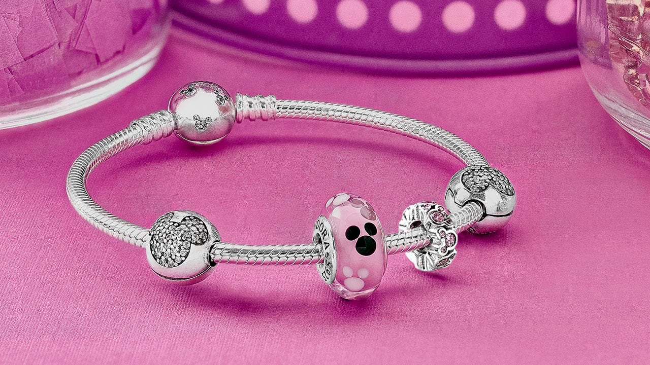pandora bracelet disney world