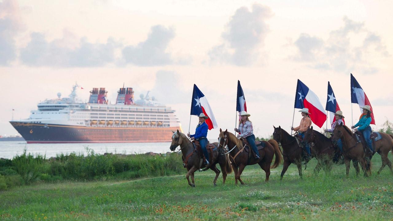 Disney Cruise Line Cruiser