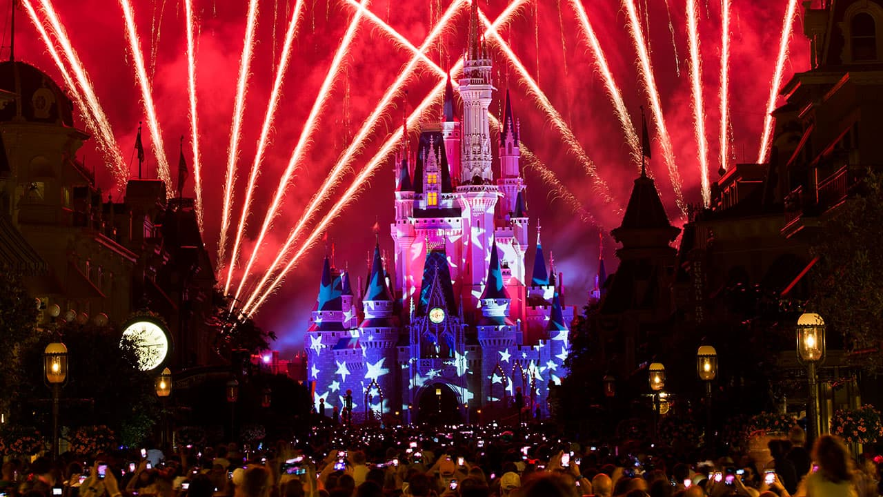 How to Celebrate Fourth of July at Walt Disney World