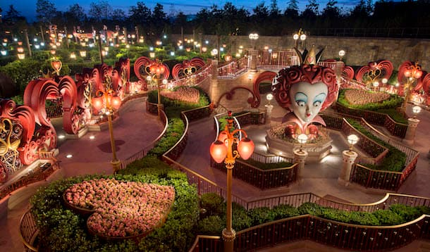 Alice in Wonderland Maze at Shanghai Disneyland