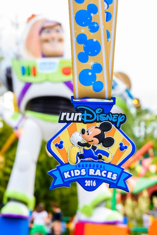 runDisney Kids Medal featuring Mickey Mouse