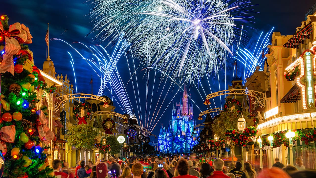 holiday wishes at magic kingdom park - Disneyworld Christmas