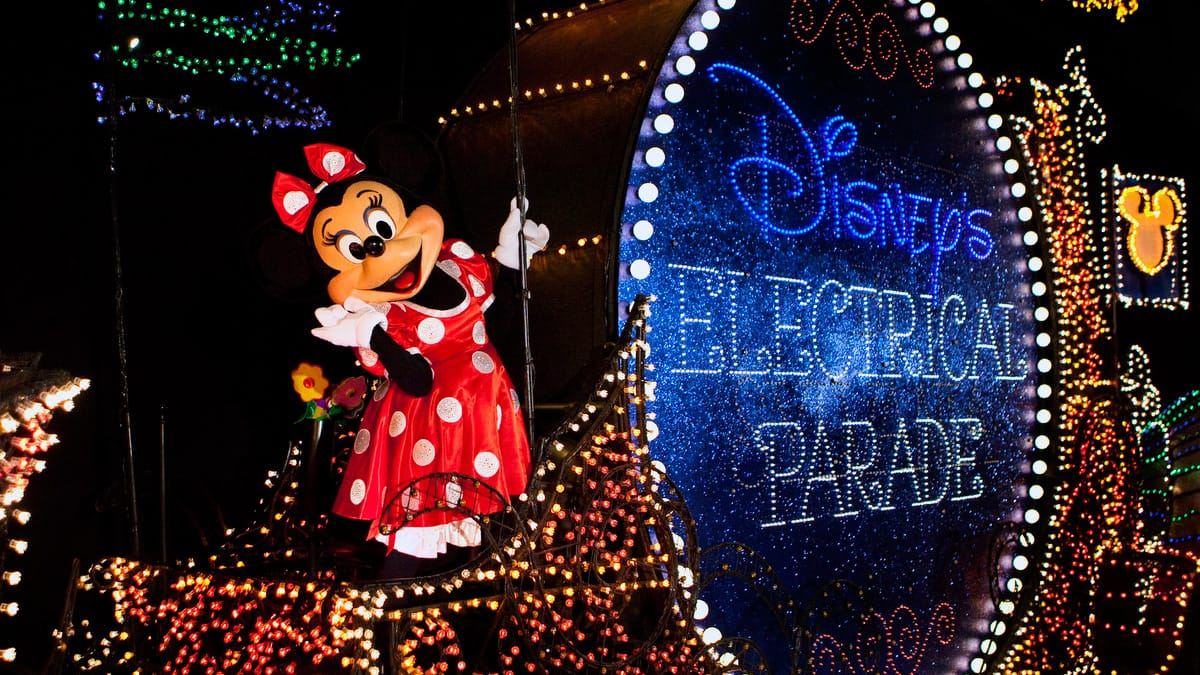 Main Street Electrical Parade Coming to Disneyland Park for a ...