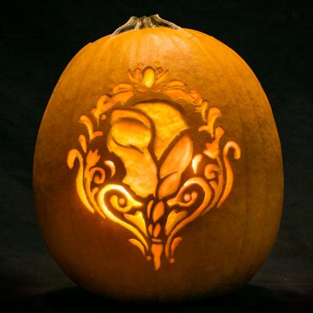 Halloween DIY: Pumpkin Carving Tutorial