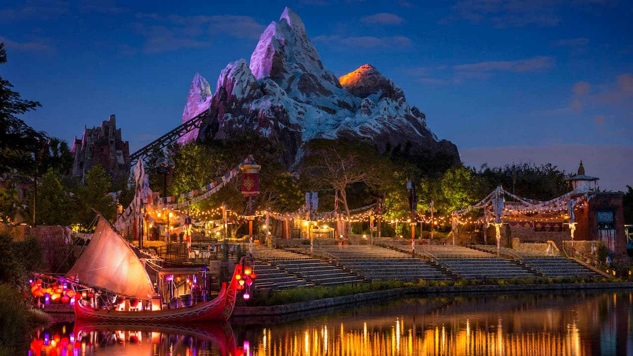 Rivers of Light's Discovery River Amphitheater