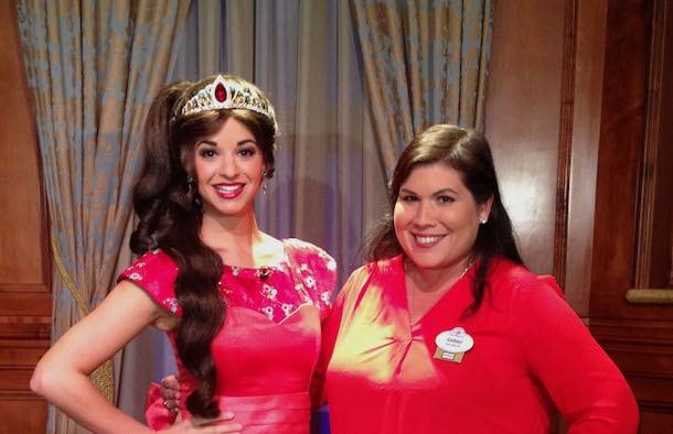Disneyfamilia meet princess elena maana disney parks blog meet princess elena at magic kingdom park m4hsunfo