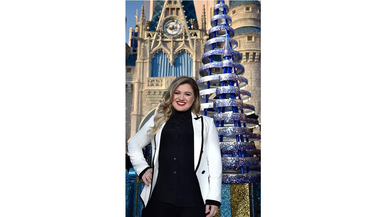 Stars Share Their Style Secrets For the Disney Parks Holiday Special Tapings