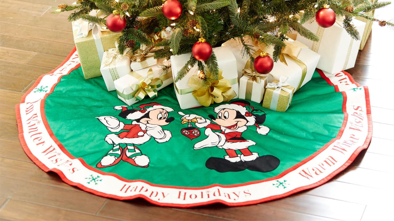 Favorite Holiday-Themed Gifts in 2016 from Disney Parks | Disney ...