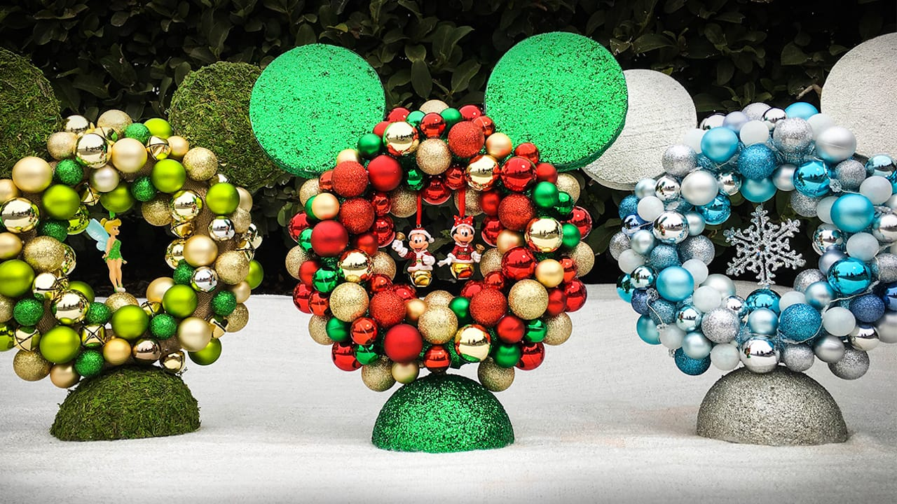Holiday DIY: Make a Mickey Centerpiece