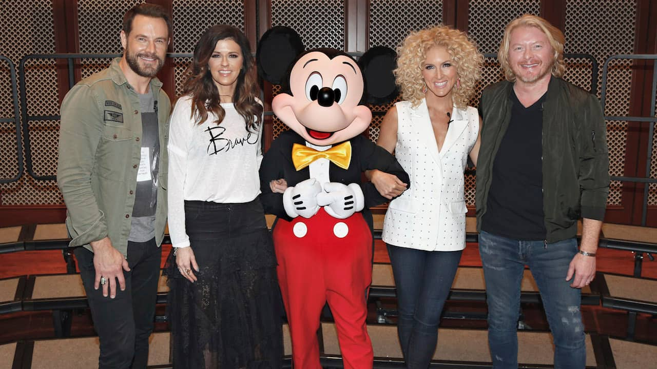 Country Stars 'Little Big Town' Surprise Ohio Students at Disney Performing Arts Workshop