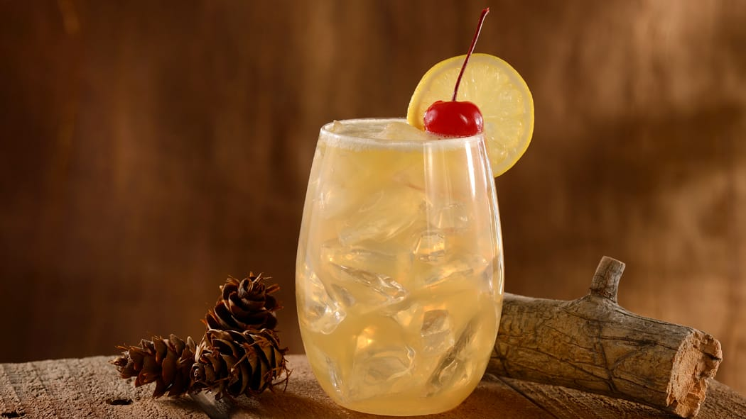 Whipper Snapper Sour from Geyser Point Bar & Grill Opens at Disney's Wilderness Lodge