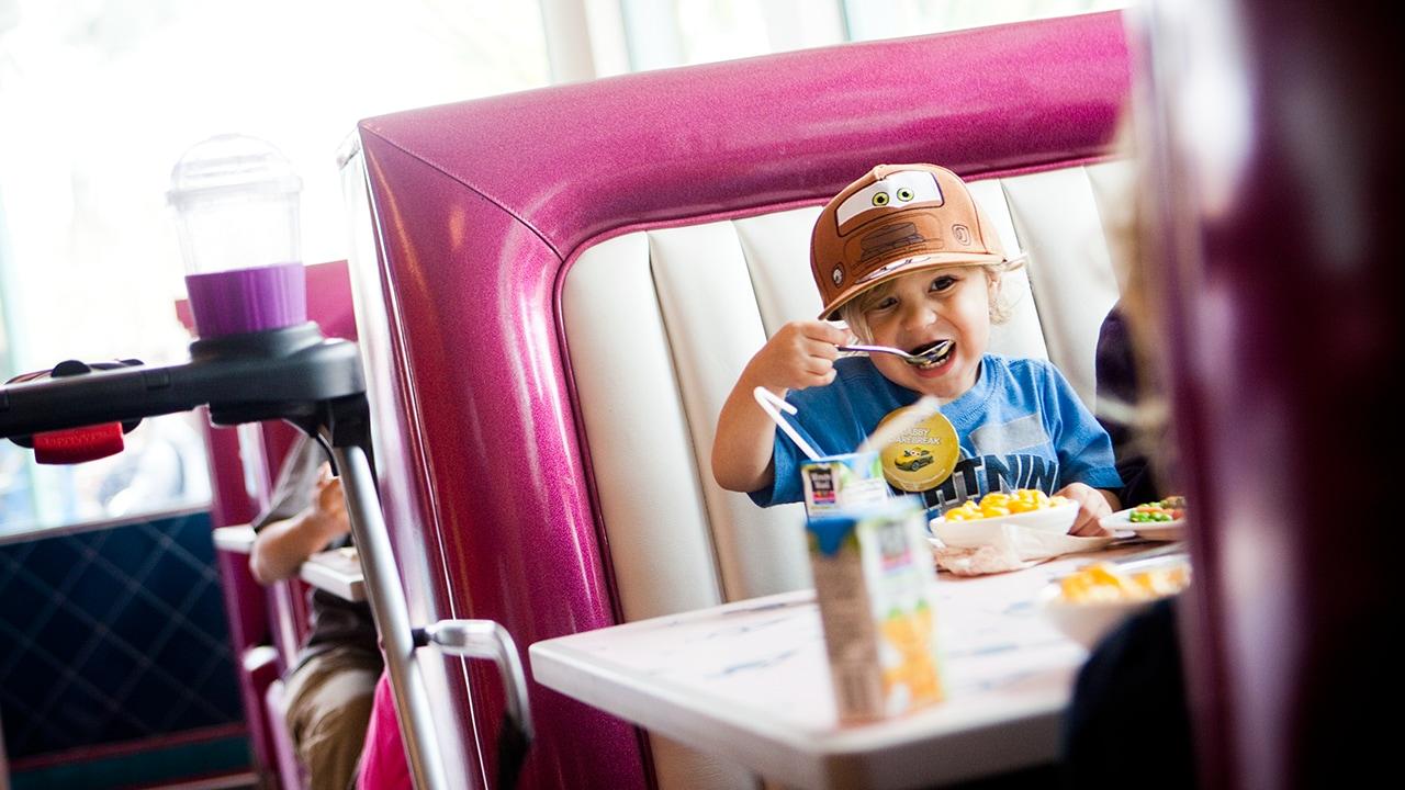 Moms Panel Monday: Preschoolers and Dining at Disneyland Resort