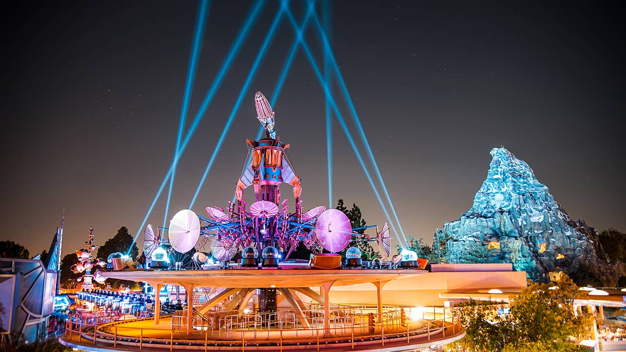 New Tomorrowland Skyline Lounge Experience To Debut In Disneyland