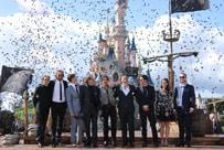 Pirates of the Caribbean: Dead Men Tell No Tales Cast Invade Disneyland Paris