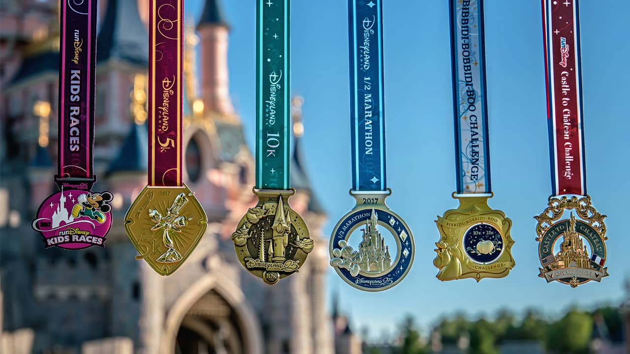 Medal Monday: The Disneyland Paris – Val d'Europe Half Marathon Weekend's Fairytale-Inspired Medals Are Here
