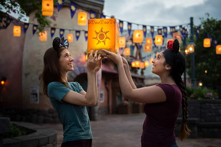 Must-do PhotoPass Locations this Summer at the Walt Disney World Resort
