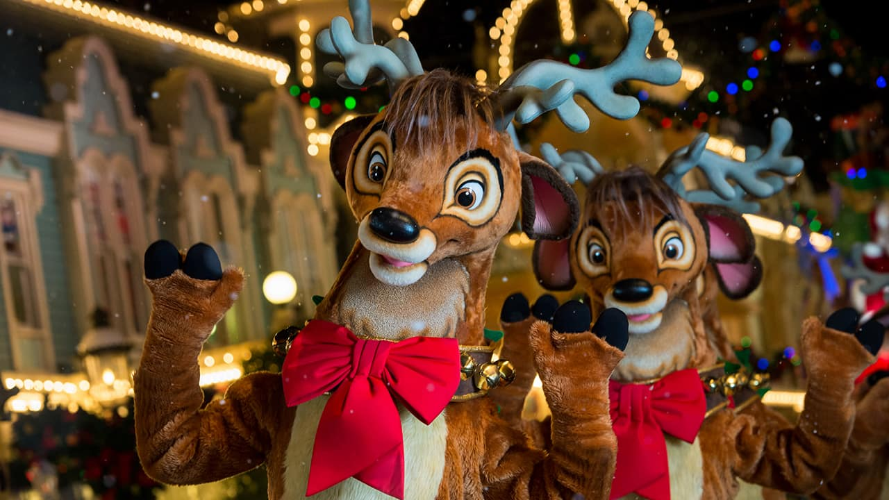 Christmas In July Disney World.Moms Panel Monday Christmas In July Disney Parks Blog