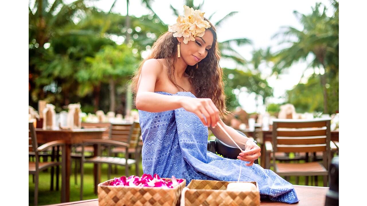 Hawaiian Arts and Crafts at KA WA'A, a lu'au at Aulani, a Disney Resort & Spa
