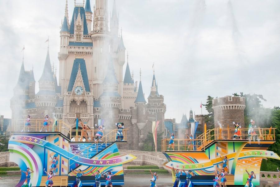 More Fun in the Sun at Tokyo Disney Resort