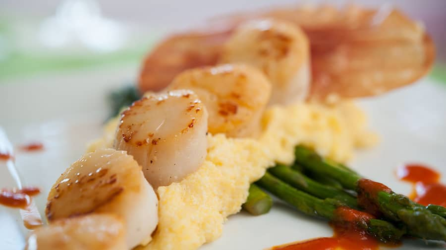 Seven Mile Sea Scallops over Polenta at Olivia's Cafe