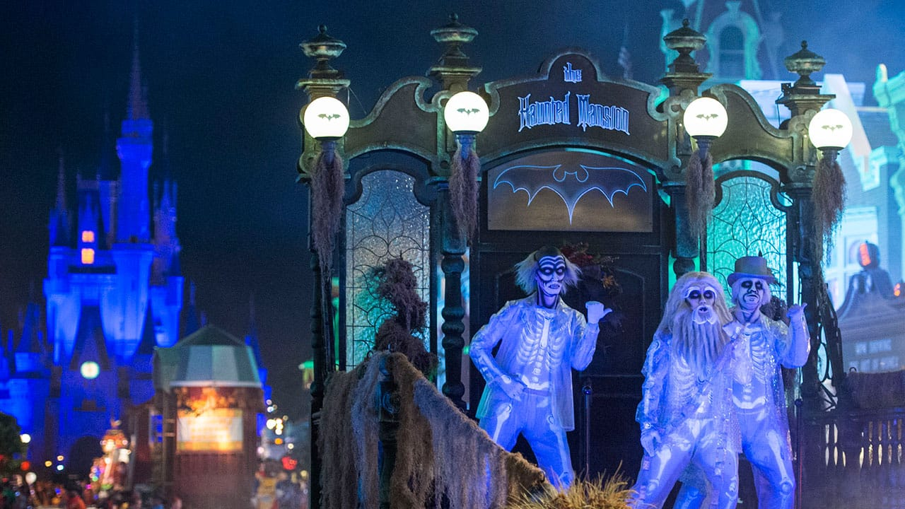 Watch The Replay Of Our 'Mickey's Boo-To-You Parade' #DisneyParksLIVE Stream Now