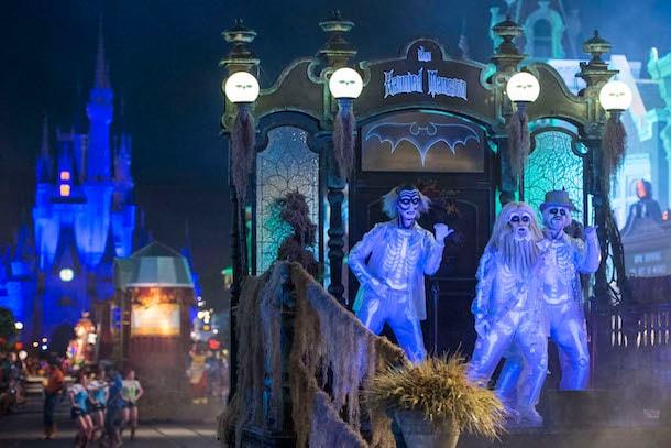 'Mickey's Boo To You' Parade