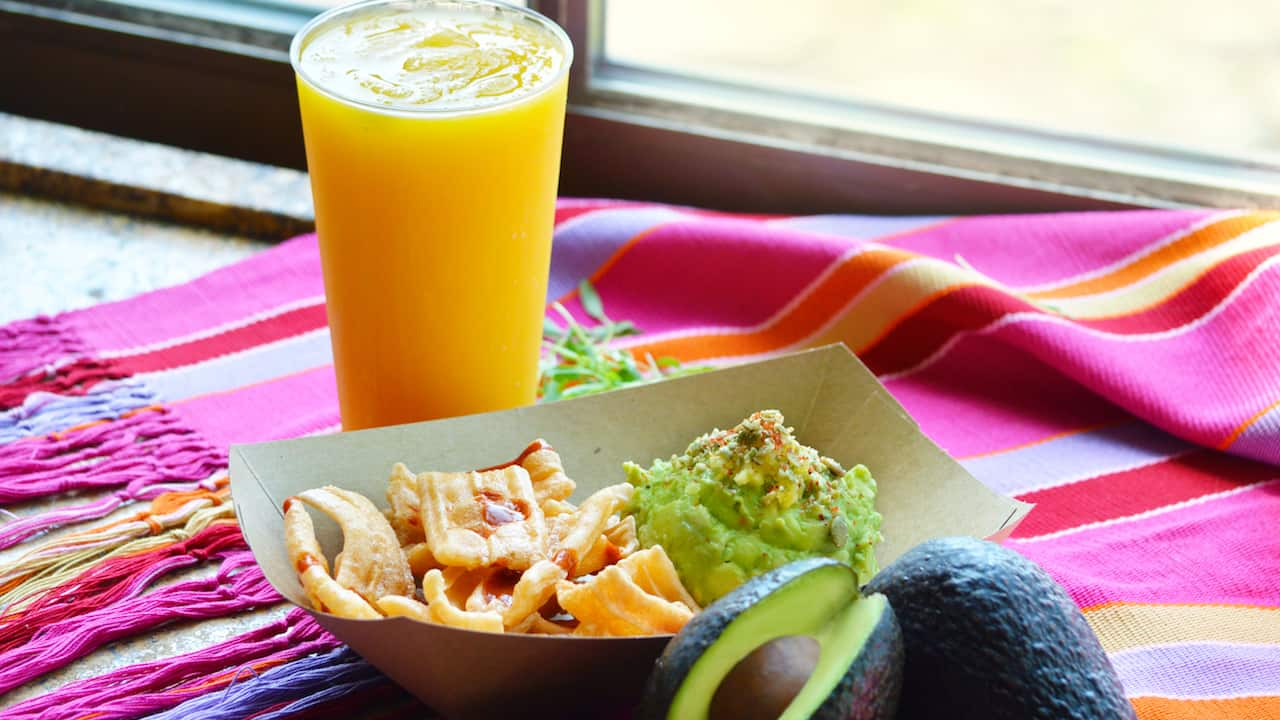 Guacamole and Passion Mango Margarita at Choza de Margarita in Epcot