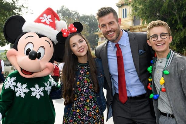 'Disney Parks Magical Christmas Celebration' Airs Christmas Day on ABC