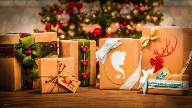 Disney Holiday DIY: Disney Inspired Gift Wrap
