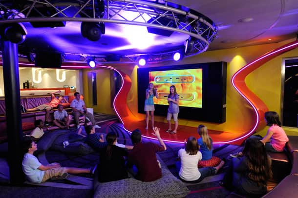 Vibe teen club - Disney Cruise Line