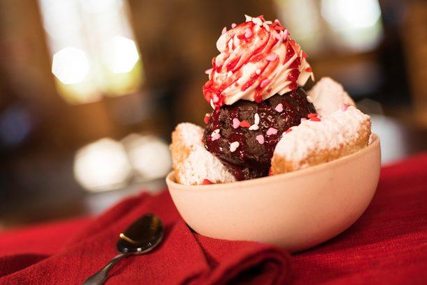 Strawberry Beignet Sundae at Disney's Port Orleans Resort – French Quarter