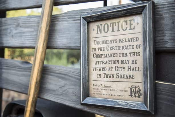 A notice signed by Willard P. Bounds, U.S. Marshall,   an actual a blacksmith and U.S. Marshall in Idaho.