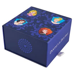 Dooney & Bourke-branded MagicBand offered at the 10th Disney Princess Half Marathon Weekend expo - packaging