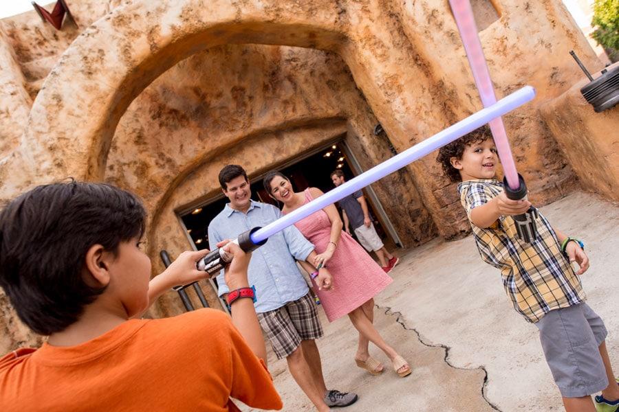 Disney PhotoPass - Lightsaber photo