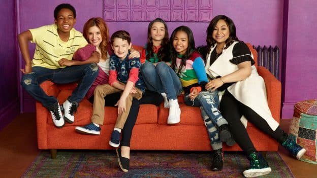 "RAVEN'S HOME - Disney Channel's ""Raven's Home"" stars Isaac Ryan Brown as Booker, Raven-Symone as Raven Baxter, Navia Robinson as Nia, Sky Katz as Tess, Anneliese van der Pol as Chelsea Daniels, and Jason Maybaum as Levi. (Disney Channel/Bob D'Amico) © 2017 Disney Enterprises, Inc. All rights reserved."