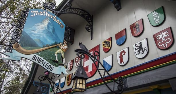 Shields representing the states in Switzerland