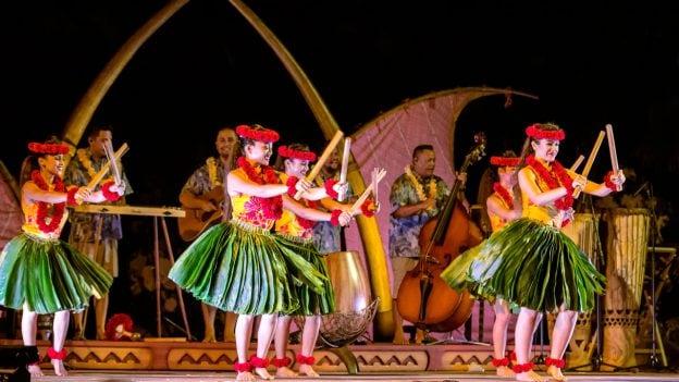KA WA'A Luʻau at Aulani, a Disney Resort & Spa