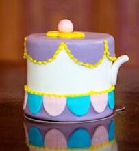 Mrs. Pots Petit Cake at Amorette's Patisserie at Disney Springs