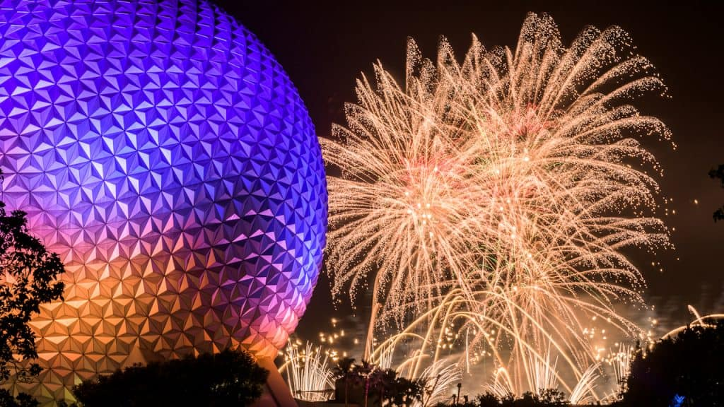 'IllumiNations: Reflections of Earth' at Epcot